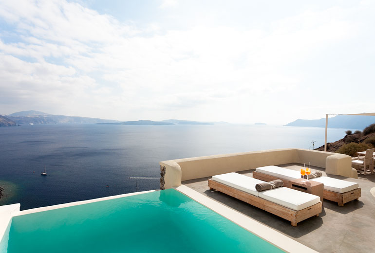 Souvent Romance and Luxe in Santorini: Hotel Vedema vs Mystique - Amble  AU75